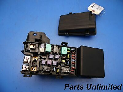 03-07 CADILLAC CTS OEM under hood fuse box blocks w/ fuses & relays on 03 honda element fuse box, 03 buick lesabre fuse box, 03 oldsmobile alero fuse box, 2003 cts fuse box, 03 toyota 4runner fuse box, 03 honda odyssey fuse box, 03 cobra fuse box, 03 dodge caravan fuse box, 03 honda civic fuse box, 03 ford expedition fuse box, 03 jeep grand cherokee fuse box, 03 buick century fuse box, 03 saab 9-3 fuse box, 03 volkswagen passat fuse box, 03 ford taurus fuse box, 03 volvo s80 fuse box, 03 dodge ram fuse box, 03 chevy silverado fuse box, 99 miata fuse box, 03 mazda 3 fuse box,