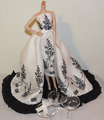 Audrey Hepburn as Sabrina Silkstone Barbie Complete Fashion Outfit No Doll