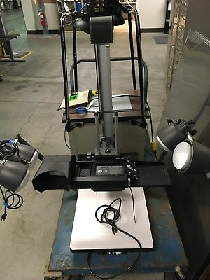 Polaroid MP4 Land Camera Table Stand with Lights, good condition.
