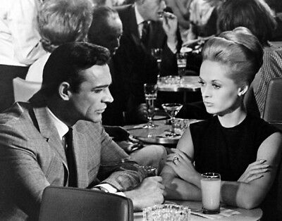 Marnie UNSIGNED photo - K3783 - Tippi Hedren and Sean Connery