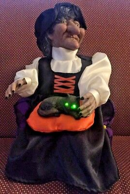 Gemmy Halloween Factory Animated Talking Witch Petting Her Cat (Mib)