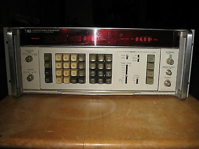 HP 3330B frequency synthesizer