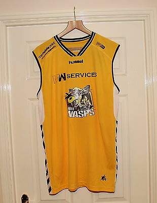 "HULL WASPS BASKETBALL SHIRT , 46"" Chest  ( HULL in YORKSHIRE )"