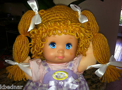 CABBAGE PATCH KID Style GOLD WIG HAT Halloween Crocheted Size 0-12 Months NEW
