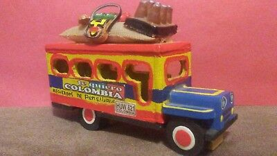 *Wooden Colombian Hand Painted Bus Shuttle Te Quiero Colombia Pensilvania*