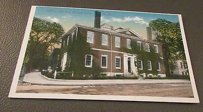 Old Postcard-<<PORTSMOUTH, NEW HAMPSHIRE >>{OLD PUBLIC LIBRARY}