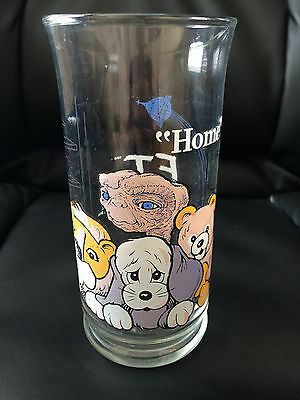 "E.T. ""HOME""  GLASS CUP 1982 Pizza Hut COLLECTOR'S Series 16 OZ -Hiding with toys"