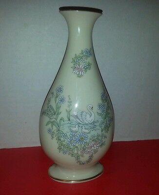 """Mother's Day 1983 Lenox Limited Edition 7 1/2"""" Vase"""