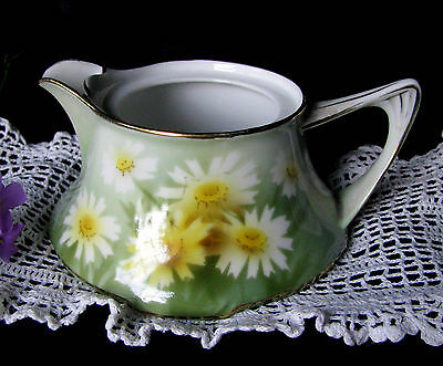 RS Germany Art Deco Daisy Pattern Circa 1920s White Daisies Green Creamer