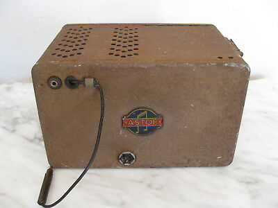 "Vintage ""ASTOR"" CAR RADIO 1940's to 1950's rare COLLECTABLE item."