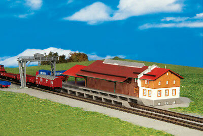 Kibri Kit 36606 NEW Z FREIGHT SHED WITH GANTRY AND RAMP