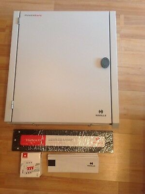 1 x Havells PSB61 Powersafe 6 way Three Phase consumer unit with 125 A incomer