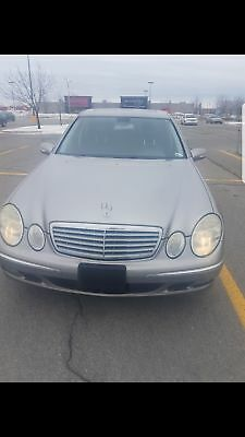 Mercedes-Benz: E-Class Car Mercedes E320 sunroof 4matic