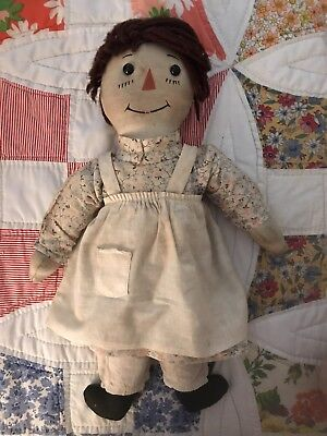 VOLLAND ANTIQUE RAGGEDY ANN DOLL CARDBOARD HEART EARLY 1920's