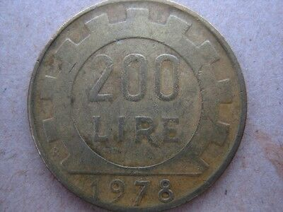 Italian coin 1978 200 lira circulated