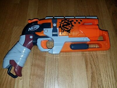 Nerf Zombie Strike Hammershot Blaster Watch the Darts Fly & Zombies Scatter!
