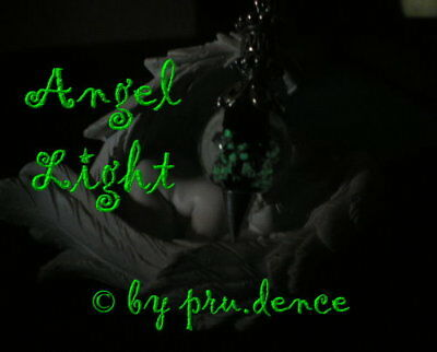 ~Black~Angel Light~Pendel~fluoreszierend~Engel Licht~nachtleuchtend~Peace~