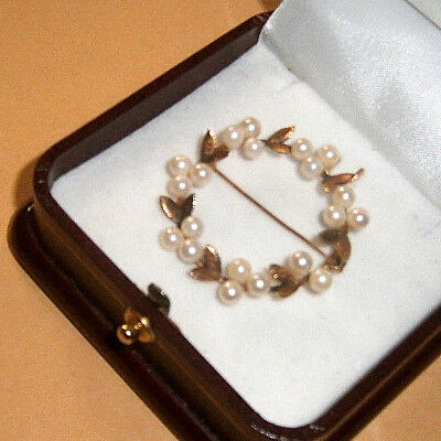 Attractive 14K Gold Brooch Set With P[Earls Possibly Vintage One Pearl Missing.