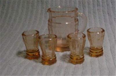 Childs  Pink Glass Ivy Water Set