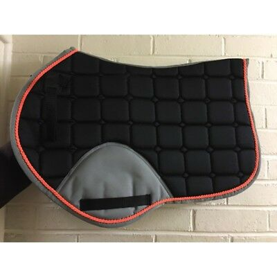 Jumping cut Saddle Pad / cloth Numnah full size new colours