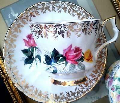 Windsor Pink and Yellow Roses Teacup & Saucer Gold Chintz Tea Cup Set c1950s