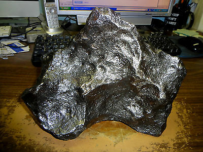 7710 gm. ODESSA IRON METEORITE FROM TEXAS; TOP GRADE ; 17 POUNDS
