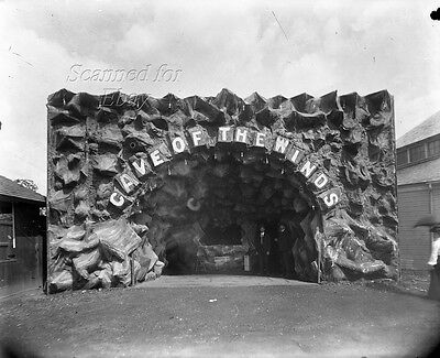 """Early 1900s """"Cave of the Winds"""" Entrance ORIGINAL GLASS PHOTO NEGATIVE"""