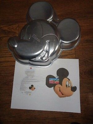 Wilton Mickey Mouse Face Pan