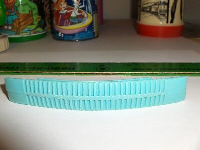 Beatles`1965`Plastic Lunch Box Handle-Blue Double Ribbed,Very Nice-:>Free To US