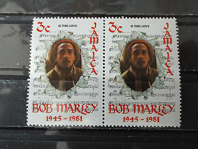 "Paire 2 timbres neuf Jamaique : Bob MARLEY  ""Is this love"""