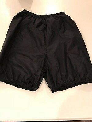 Body Wrappers Ripstop Bloomer Shorts, EUC,Size adult Small fits like girls large