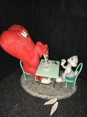 Goebel Looney-Tunes MONSTER MANICURE Figurine GOSSAMER and BUGS BUNNY *AS IS*