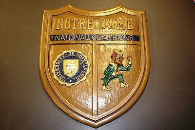 VINTAGE 1970s NOTRE DAME FIGHTING IRISH NATIONAL CHAMPIONS WALL SIGN SHIELD !!!