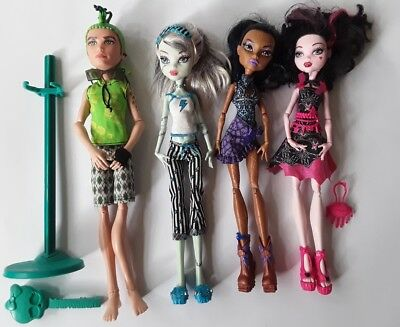 Monster High Dolls 4 bulk lot Duece Frankie Robecca Draculaura  good cond