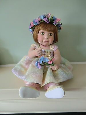Marie Osmond Porcelain Collectable Doll - May Flowers - No 695/2000