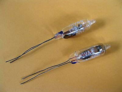 2 Vintage XC25 HIVAC England 7171 Neon Indicator Tube Lamp, Diode, NEW old stock