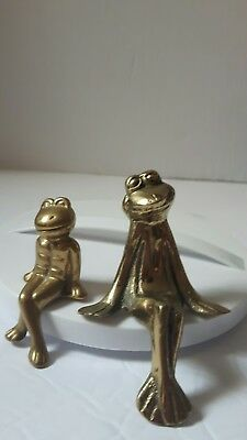 sitting solid Brass frogs