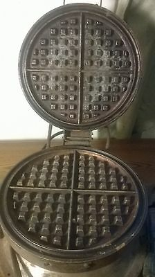Vintage Working Bersted Electric Waffle Iron Model 66