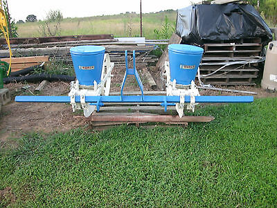 Burch two row corn planter{{{ Check with me on shipping saveing you even more}}}