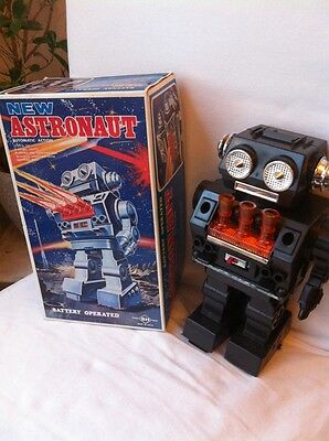 S.H. New Astronaut Horikawa Style Piston Engine Robot Space Toy Made In Japan