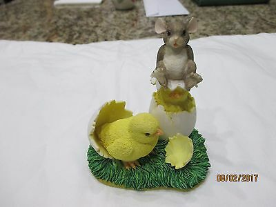 """Charming Tails """"What's Hatchin"""" figurine"""