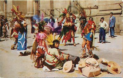Mexico typical dancers