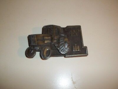 IH International Harvester Tractor Farming Agriculture Vintage Belt Buckle