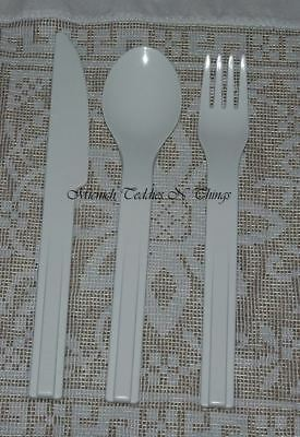 Tupperware Knife Fork Spoon Utensil Set On The Go Snap Together