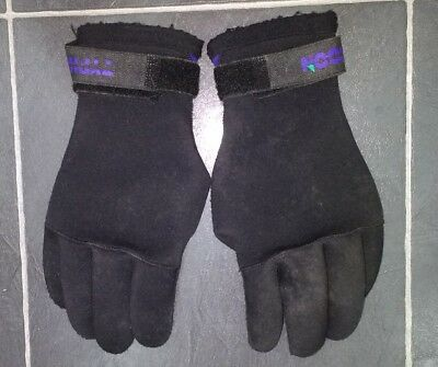 Adults Typhoon Neoprene Diving Gloves,size M