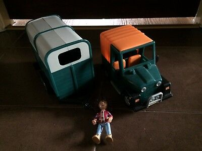 Amy And Jeep With Horse Trailer / Box (Postman Pat)