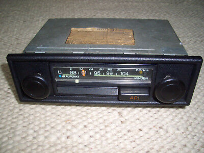 altes blaupunkt autoradio oldtimer youngtimer u m 1970. Black Bedroom Furniture Sets. Home Design Ideas
