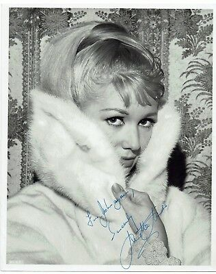 Annette Andre Actress Randall & Hopkirk Hand Signed Vintage Photograph 10 x 8