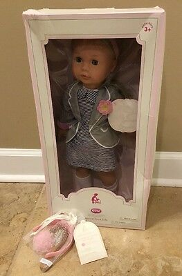 NEW 2PC Pottery Barn Kids BLONDE Gotz Doll Collection EMMA + Hair Accessories
