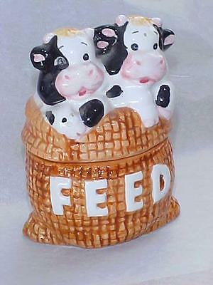 CUTE COWS ON FEED SACK SALT and PEPPER SHAKERS CERAMIC  Vintage Farm Collection